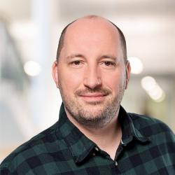 Dipl.-Sozialarbeiter/Sozialpädagoge (FH) Sandro Hänseroth, Systemischer Berater/Pädagoge (DGSP), Supervisor/Coach (DGSF)