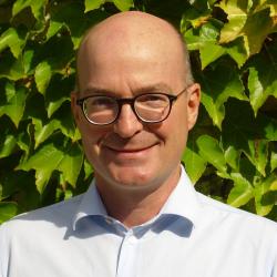 Prof. Dr. Joerg Schneider