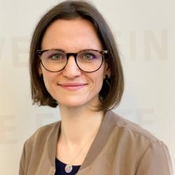 Elvira Pippel, Pflege- und Gesundheitswissenschaftlerin